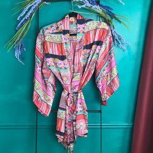 Josie Natori kimono style floral short robe.